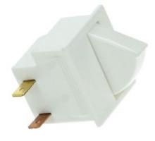 Выключатель света холодильника Indesit C00032387